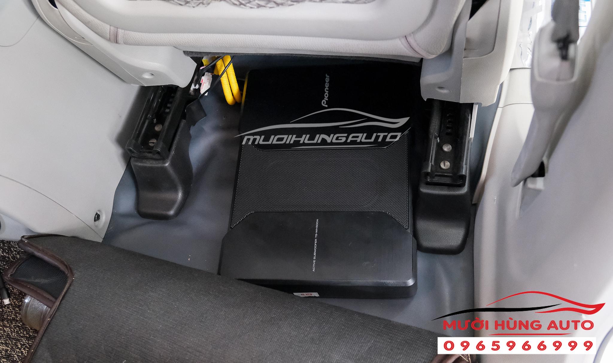 loa sub Pioneer TS-WH500A xe Chevrolet Captiva